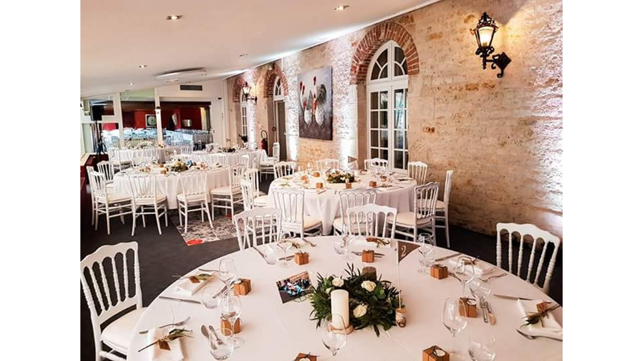 Restaurant Chaises Napoléon